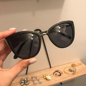 Quay My Girl Sunglasses - Black